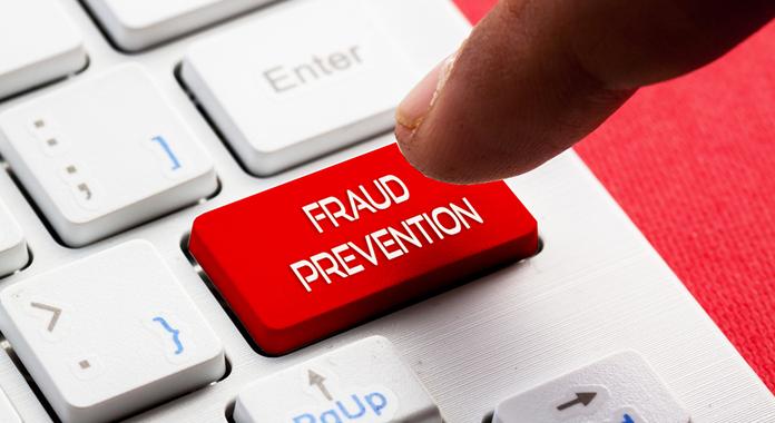 Exemplos de fraudes com cartões de crédito em lojas virtuais